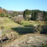 棚田の上に軽井沢集落