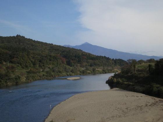 只見川と磐梯山